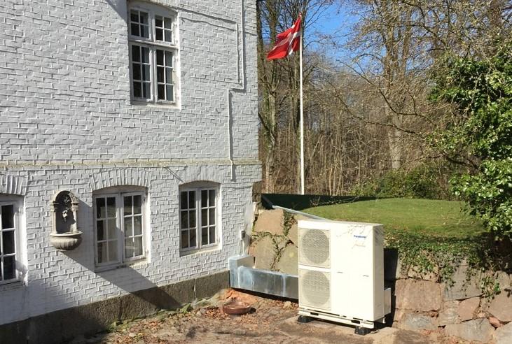 Installation af luft til vand varmepumpe på Fyn - al VVS-arbejde og elarbejde inkl. i abonnementspris