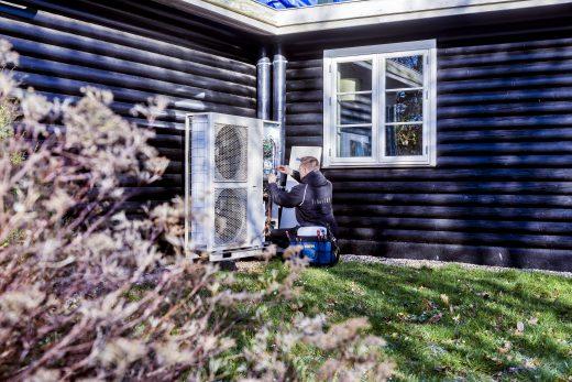 lokal arbejdskraft luft til vand varmepumper på abonnement.